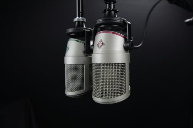 6 Amazing Uses of Podcasts in Digital Marketing for Businesses